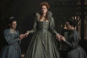 Margot Robbie in Mary Queen of Scots