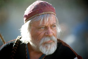 Oliver Reed as Proximo in Gladiator.