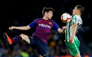 Barcelona's Sergi Roberto in action with Real Betis' Andres Guardado