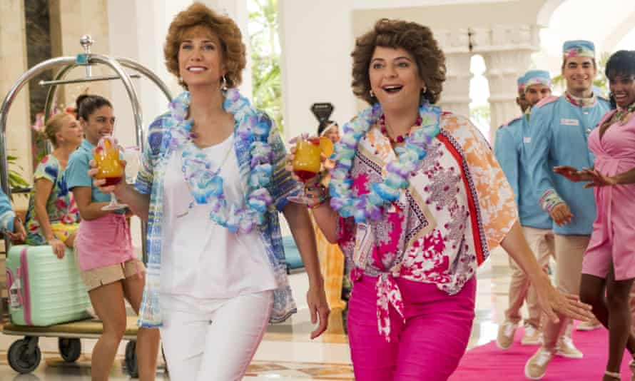 Kristen Wiig and Annie Mumolo in Barb and Star Go to Vista Del Mar.