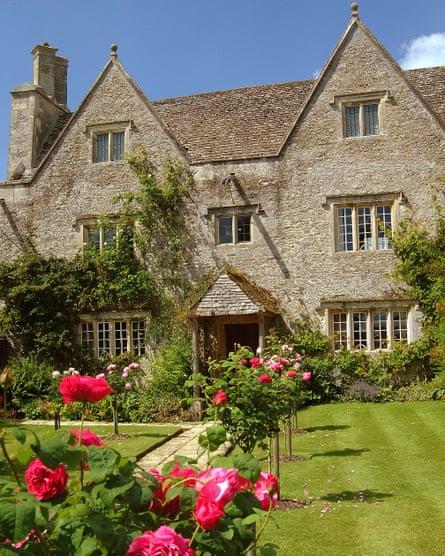 Kelmscott Manor.