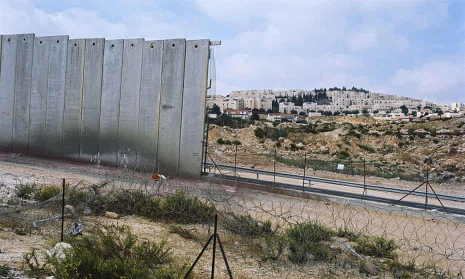 The Israel-West Bank separation barrier in 2007.
