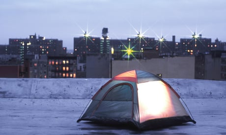 Above the streets, beneath the stars: why you should try urban rooftop camping