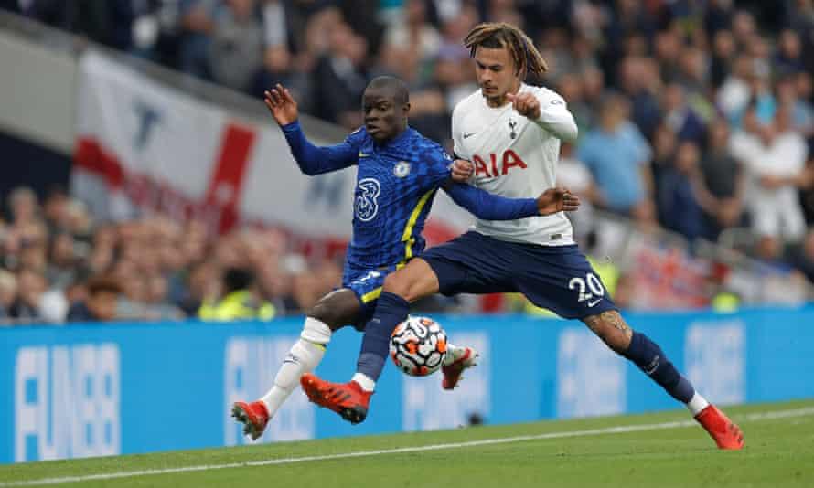 N'Golo Kanté skips past Dele Alli.