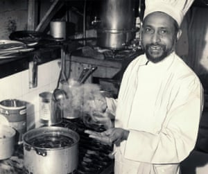 The cook prepares a curry at the Bombay Restaurant, Manchester, 1957.