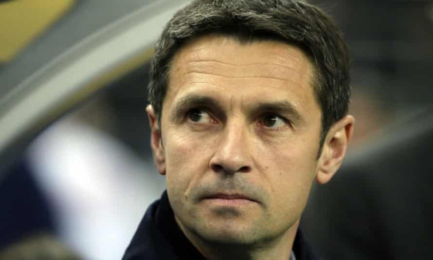 Lyon have said Rémi Garde 'deserves' to manage 'a big English club' but they will not allow him to take his two former assistants to Villa Park.