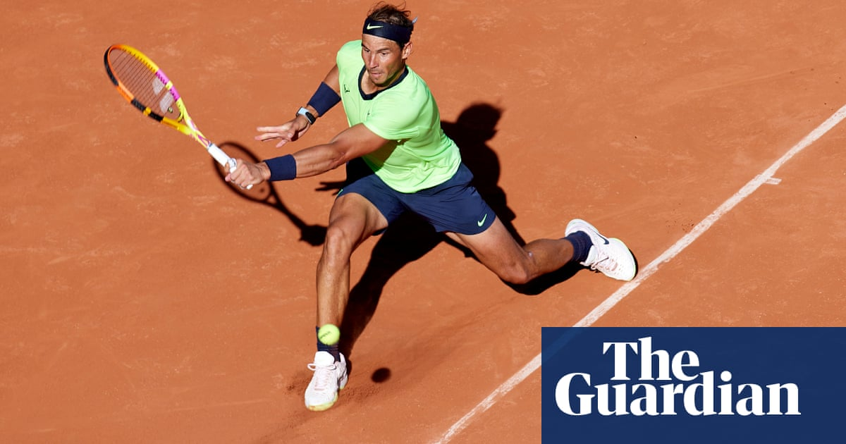 Rafael Nadal wins in straight sets as he launches French Open defence