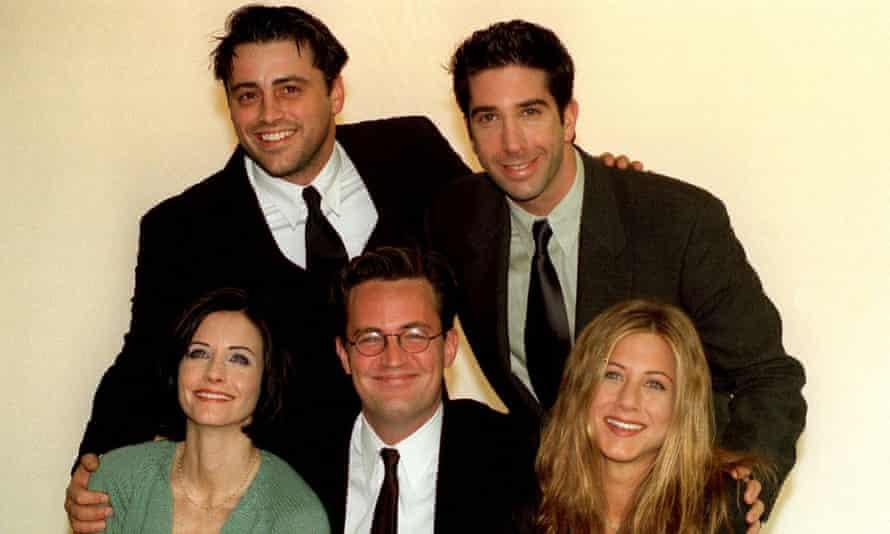 The Friends cast Courteney Cox, Matt LeBlanc, Matthew Perry, David Schwimmer and Jennifer Aniston in 1998