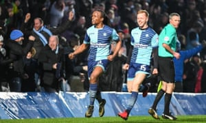 Marcus Bean charges down the pitch in search of his parents after his late winner against Carlisle, only to discover they had left early.