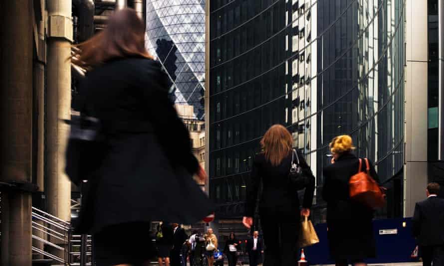 Women commuting in central London