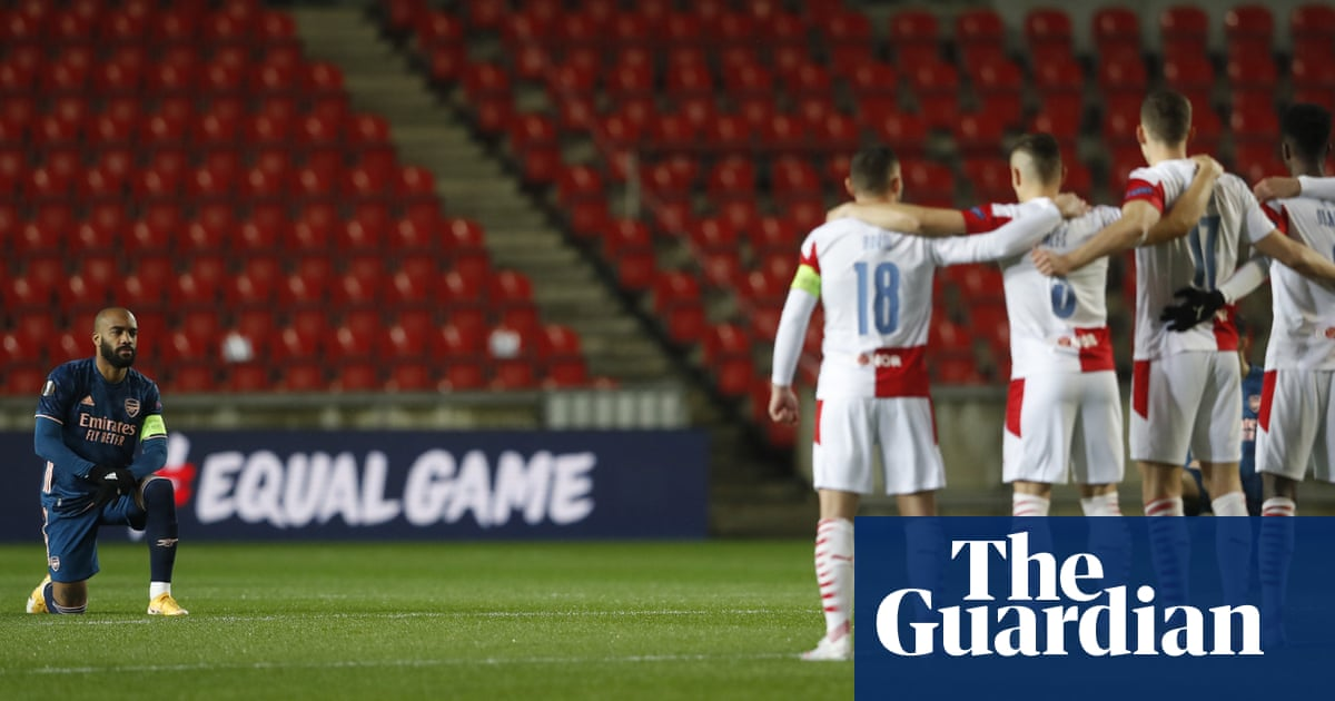 Mikel Arteta backs Arsenal's players for taking knee before Slavia Prague win