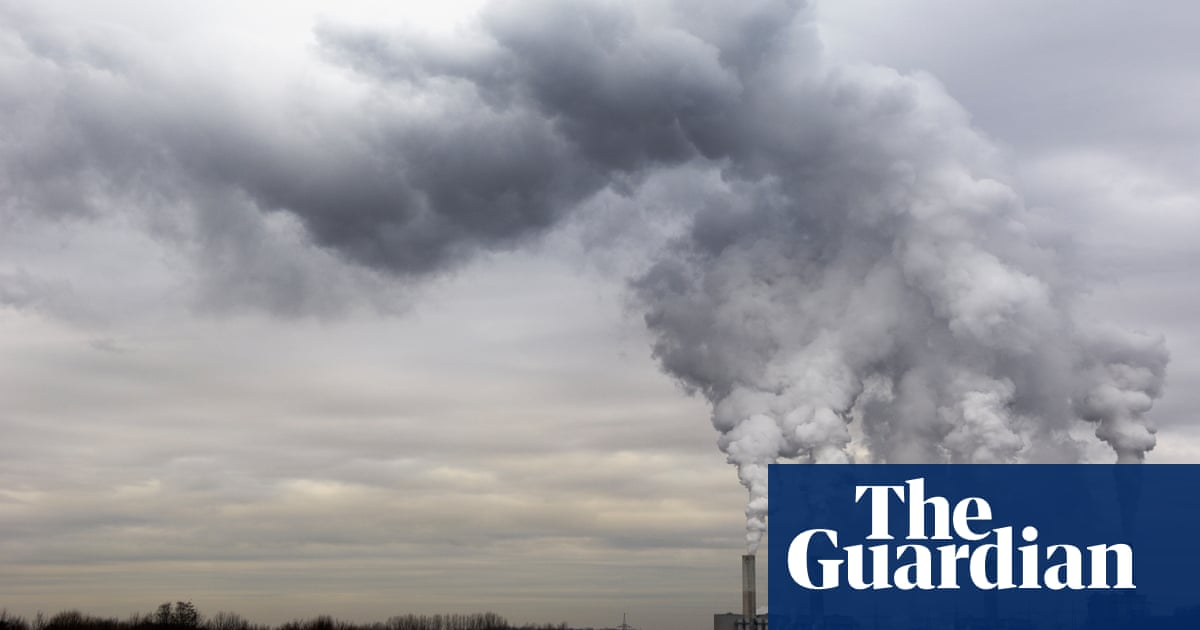 WHO slashes guideline limits on air pollution from fossil fuels