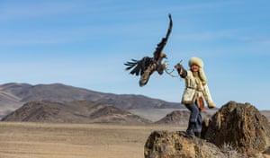 Eagle Huntress receiving (2018) by Rosamund Macfarlane