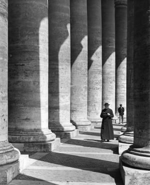 The colonnade, St Peter's Square, 1960