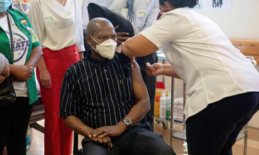 Zweli Mkhize, the former health minister, received a Covid vaccine in February