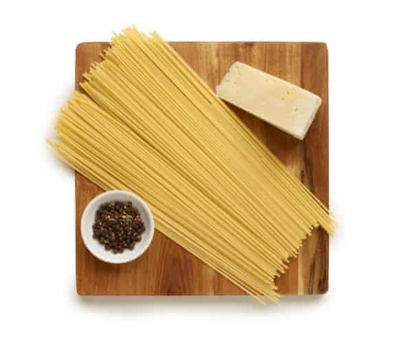 spaghetti pecorino and pepper