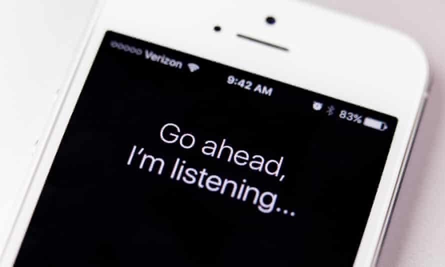 "Siri message ""go ahead, I'm listening..."" on an iPhone screen"