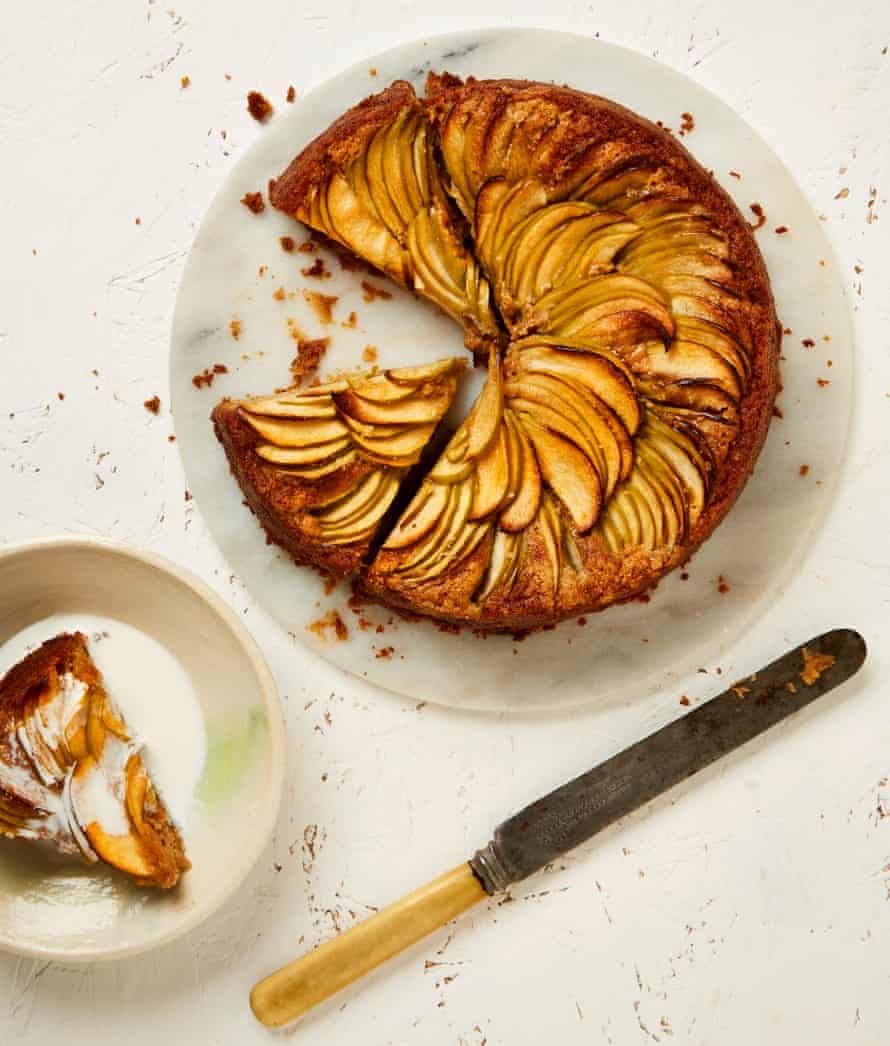 Meera Sodha's apple pudding cake