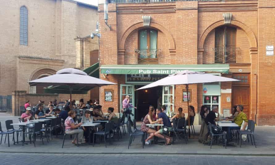 Pub St Pierre, Toulouse, France