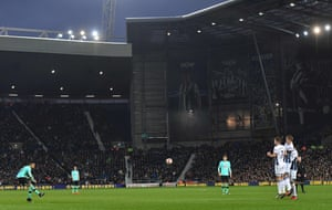 Derby's Tom Ince beats the wall with a superb free-kick to take the lead