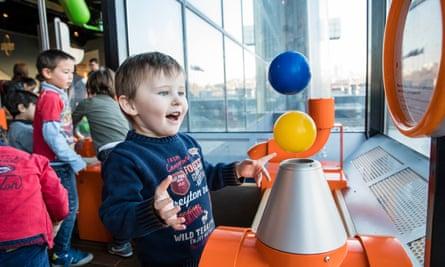 CitŽe des Enfants at the CitŽe des Sciences et de l'Industrie museum.