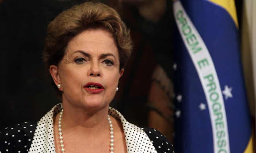 Dilma Rousseff attends a meeting with Italian prime minister Matteo Renzi.