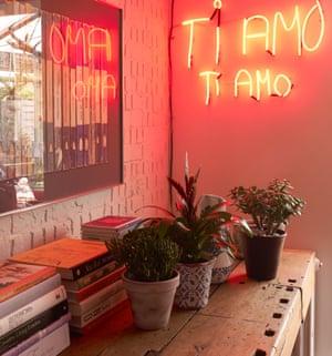 Ti Amo written as neon artwork on a wall