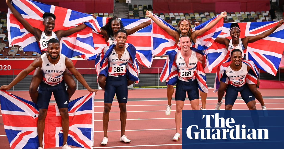 Small margins and mixed emotions for Britain's 4x100m relay teams