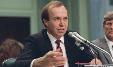 James Hansen testifies before a Senate transportation subcommittee on 8 May 1989, a year after his history-making testimony regarding climate change.
