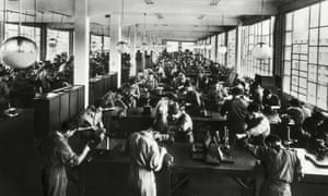 Workers at Ivrea.