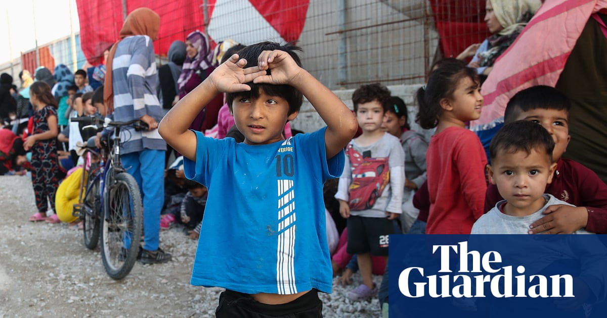 MPs vote to drop child refugee protections from Brexit bill