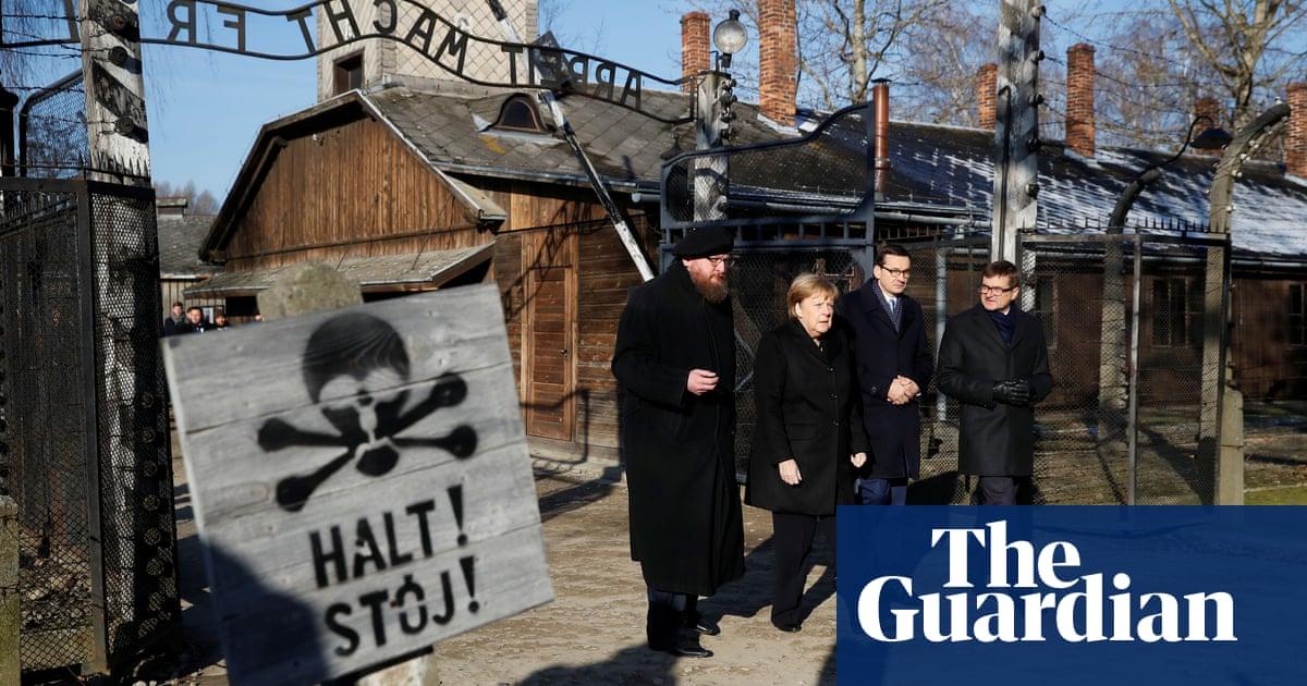 Angela Merkel visits Auschwitz for first time