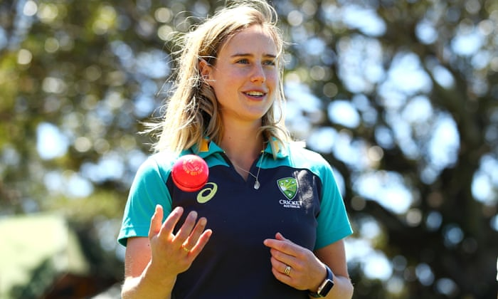 Ellyse Perry named world's best female cricketer in inaugural