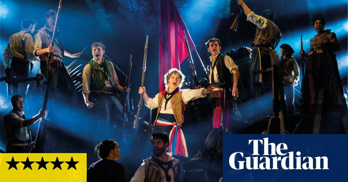 Les Miserables Review Just Hear These People Sing Musicals The Guardian