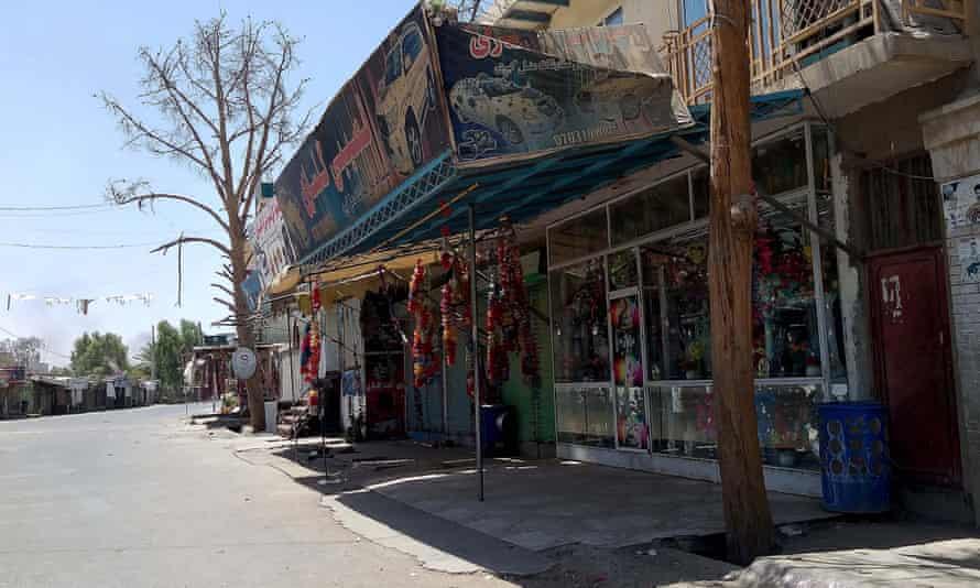 Deserted market in Lashkar Gah