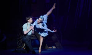 Andrew Peasgood as Kai and Constance Devernay as the Snow Queen