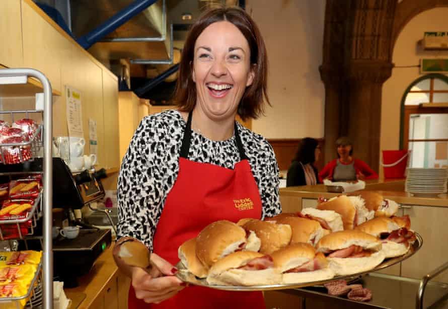 Kezia Dugdale serves breakfast at the Eric Liddell Centre in Edinburgh.