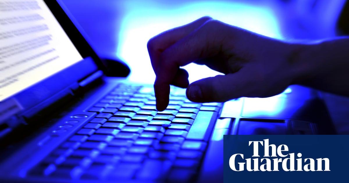 University regulator tries to block Australian students from using alleged cheating website
