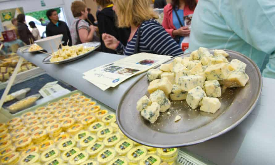 Plate of cheese samples on counter at The Great British Cheese Festival Cardiff South Wales UK<br>Plate of cheese samples on counter at The Great British Cheese Festival Cardiff South Wales UK