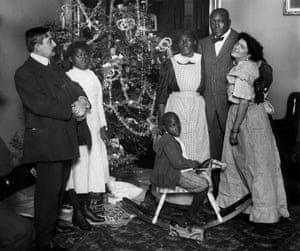 Jack Johnson's marriage to a white woman, Etta Duryea, outraged much of America