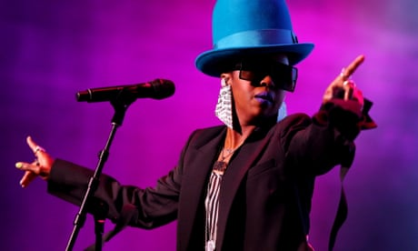Lauryn Hill disappoints on Australian tour: 'She should have cancelled her show'
