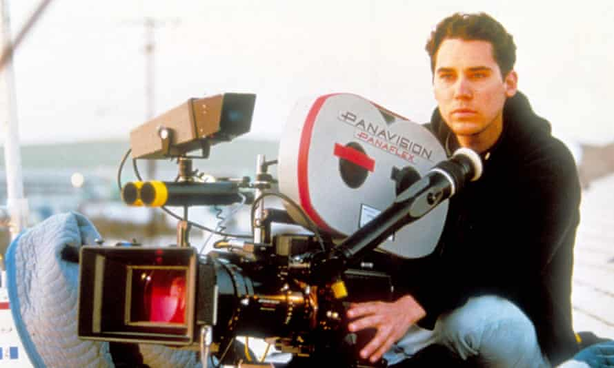Bryan Singer on the set of The Usual Suspects.