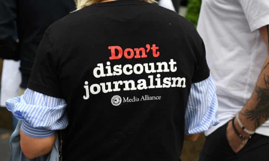 protesting journalist at Fairfax picket line