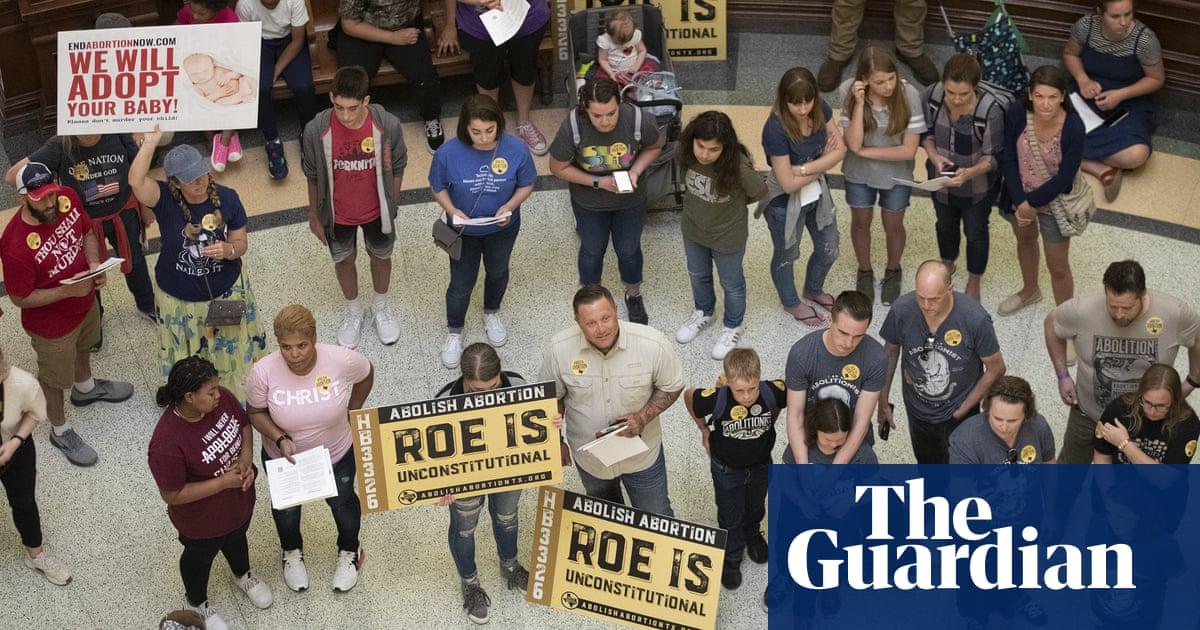 Texas abortion vigilantes: how the ban empowers anti-choice citizens to sue
