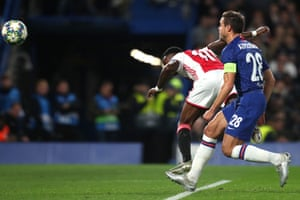Azpilicueta fails to pick up Quincy Promes who guides a header past Kepa.