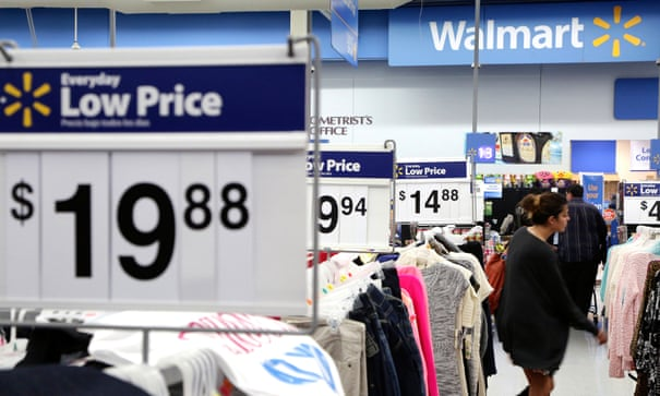 As more buy clothes online, Walmart eyes a piece of the