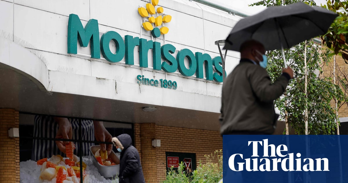 Labour and Lib Dems urge Morrisons owners to protect workers