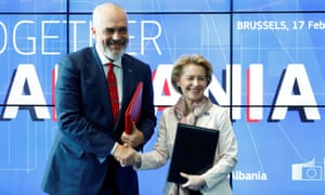 Edi Rama and the EU commission president, Ursula von der Leyen, pose after a signing ceremony in Brussels