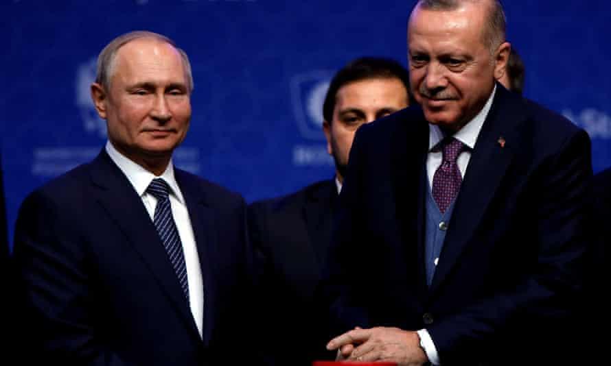 Vladimir Putin (left) and Recep Tayyip Erdoğan