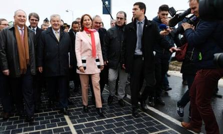 Ségolène Royal inaugurates the solar panel road
